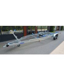 Vlemmix Boottrailer 3000kg 840x255 cm