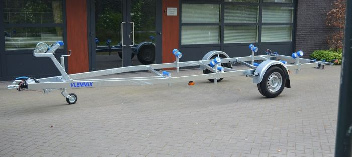 Vlemmix Boottrailer 1500kg 631x210 cm