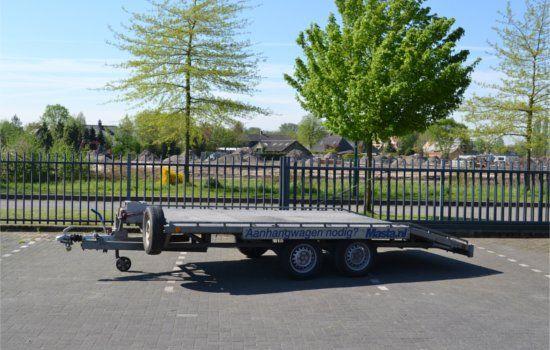 Auto-ambulance aanhangwagen huren in de regio Eindhoven