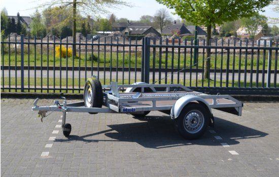 Motor trailer voor 2 motors huren